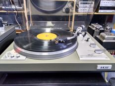 Akai AP 207 direct drive turntable, sounds great
