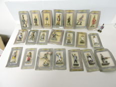 22 figurines military Collections authentic lead soldiers