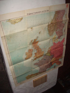 """Third Reich; Lot with 2 parts from 1939, Velhagen & Klasings map """"England, France, and the Sea"""", with Siegfried and Maginot line and 'The Atlas of the world"""" WW2"""