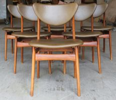 Unknown manufacturer - vintage leather dinner room chairs in olive colour