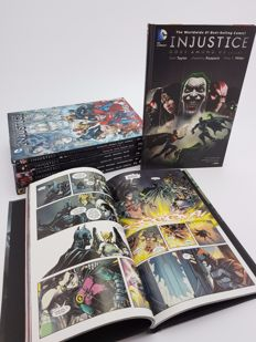 DC Comics - Injustice : Gods Among Us, Year 1-4 - Hardcovers x8