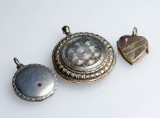 3 antique medal pendants - tombac/silver, gold-plated
