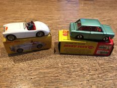 Dinky Toys-FR/GB - Scale 1/43 - Austin Healey 100 No.546 and Hillman Imp Saloon No.138