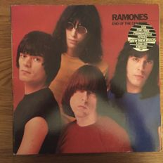 Lot of 19 LP Albums including : Ramones , Steve Hillage, The Stranglers , Talking Heads and Many More.