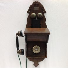 Stats-telephones, nostalgic wall telephone made of wood and brass, second half 20th century