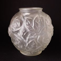 Art Deco frosted glass vase