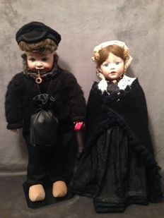 Simon & Halbig and JD Kestner doll in attire from Volendam (replica)