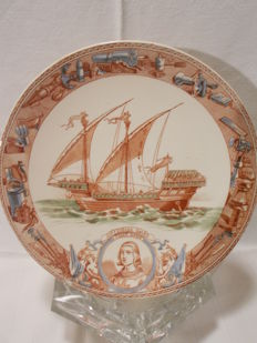 An antique collector's plate Marine Sarreguemines 18th century Galée Saint-Louis