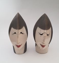 Abstract man and woman - Ceramic heads - Signed