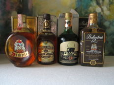 4 bottles - Francis Gold 12 years 75cl - Dimple de luxe 12 years 75cl – Chivas Regal 12 years 75cl – Ballantines 12 years 75cl - 1970s
