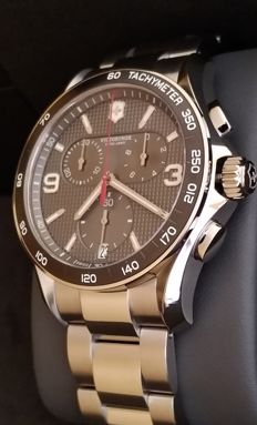 Victorinox Swiss Army - Chronograph - as new - 241656 - Hombre - 2011 - actualidad