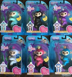 Set of 6 Fingerlings Toy Robot Monkeys from the US