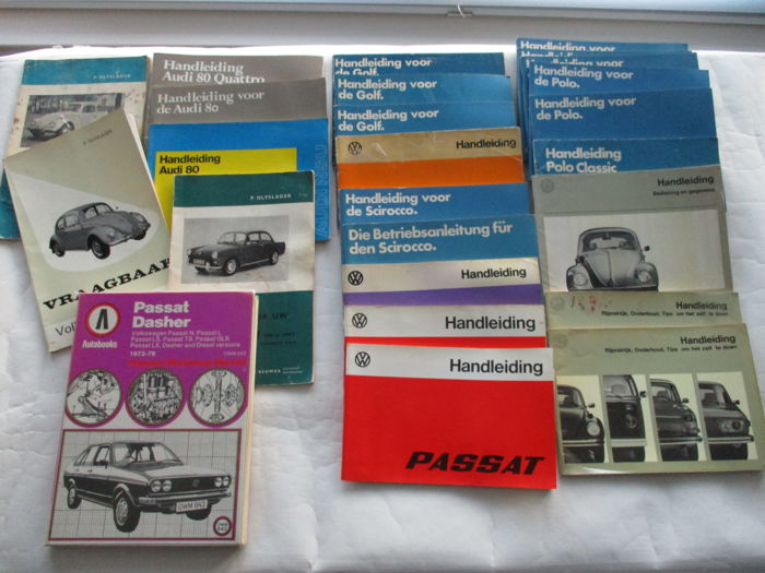Extensive lot Volkswagen and Audi booklets, manuals and instruction booklets