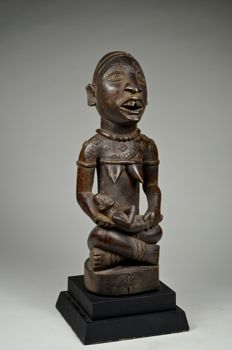 Figure of mother and child PHEMBA  - BAKONGO / YOMBE / VILI - Democratic Republic of Congo