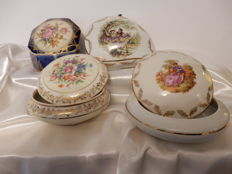 Set of 4 candy boxes in Limoges porcelain - Hand painted