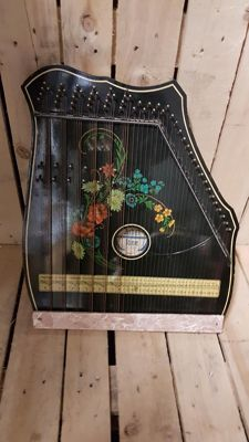 Vintage zither