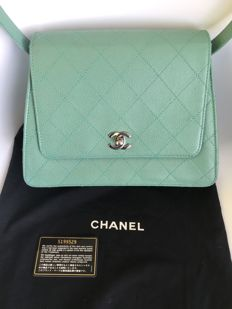Chanel - Light green caviar skin shoulder bag Torebka