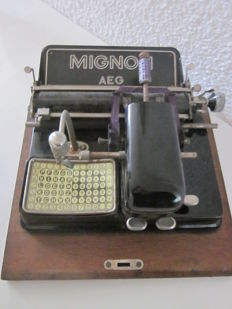 Rare Mignon AEG Model 4 typewriter
