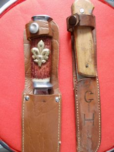 2 Antique hunting knives/daggers