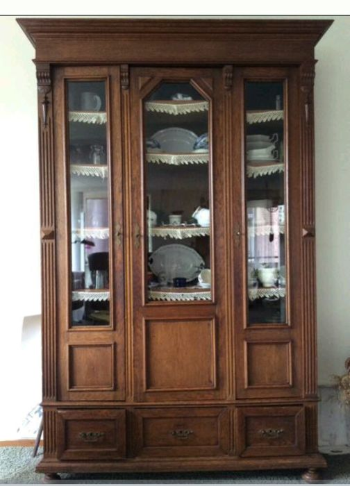 oak books china cabinet with 3 glass doors and drawers renaissance style holland ca 1880. Black Bedroom Furniture Sets. Home Design Ideas