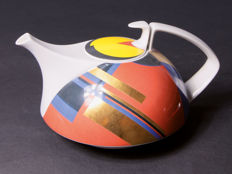 Rosenthal, Hommage a Gropius theepot, Ontwerp O.H. Hajek  Limited Edition