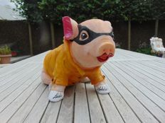 Ludo Modelo - Piggie with Yellow Raincoat