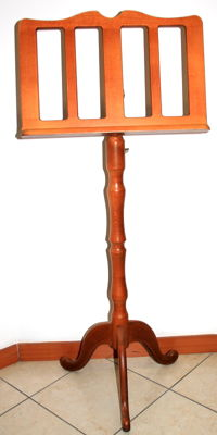 Baroque style cherry wood music stand, 1995 Italy, original music stand used for sacred songs