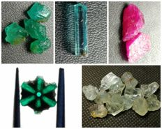Collection of natural crystals:  Trapiche Emerald, Emerald, Ruby, Aquamarine.- 68 ct.