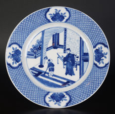 A very nice antique blue white porcelain plate - China - ca1800