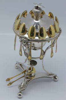 Exceptional sterling silver jam bowl, Empire period, ca. 1800, by silversmith Antoine Hience + 12 vermeil mocha spoons and sugar tongs by silversmith Henin & Cie - Empire period - Napoleon I