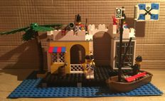 Lego Pirates - 6245 + 6247 + 6251 + 6267 - Harbor Sentry + Bounty Boat and more