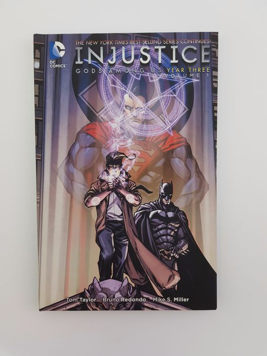 Dc Comics Injustice Gods Among Us Year 1 4 Hardcovers X8