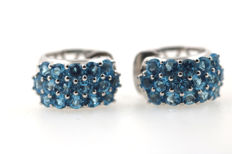 Creole earrings in 585 kt white gold with aquamarine 15.6 mm