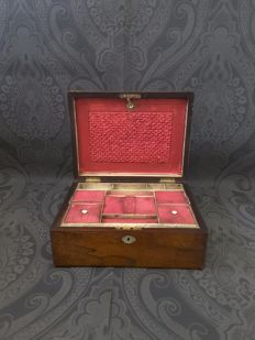 Mahogany wooden sewing box with compartment - England - 2nd half of 19th century