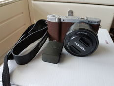 Samsung NX 3000 20-megapixel photo, video and vlog camera with 16-50 mm power zoom lens