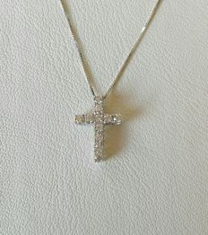 Cross with diamonds, 0.55 ct, F/VS