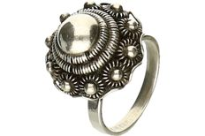 Silver ring set with a Zeeland button. - ring size: 15.25 mm