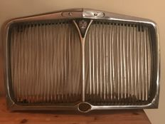Rover 80 - original chrome radiator grille