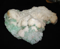 Fields of Mordenite on green chalcedony and Apophyllite crystals - 240 x 190 x 80 mm - 2189 g