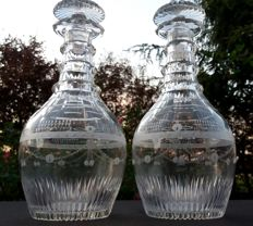 Baccarat, Harcourt - Set of 2 decanter bottles in cut and engraved crystal