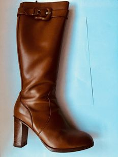 Fendi boots, camel colour, size 40.5