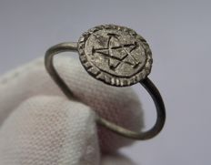 Medieval silver Magical ring with Pentagram  - 15 mm