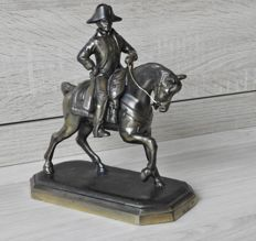 Sculpture of Napoleon on horse - bronze - and metal alloy - marked with initials G.R. and signature Gregoire - after original - France