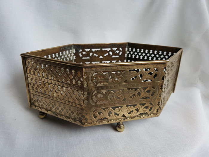 Copper openwork jardinière with zinc inner tray