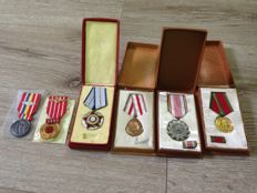 Romania Lot of -6 Medals with original box