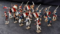 Lot of 22 CBG Mignot soldiers - France - Circa 1950 (20)
