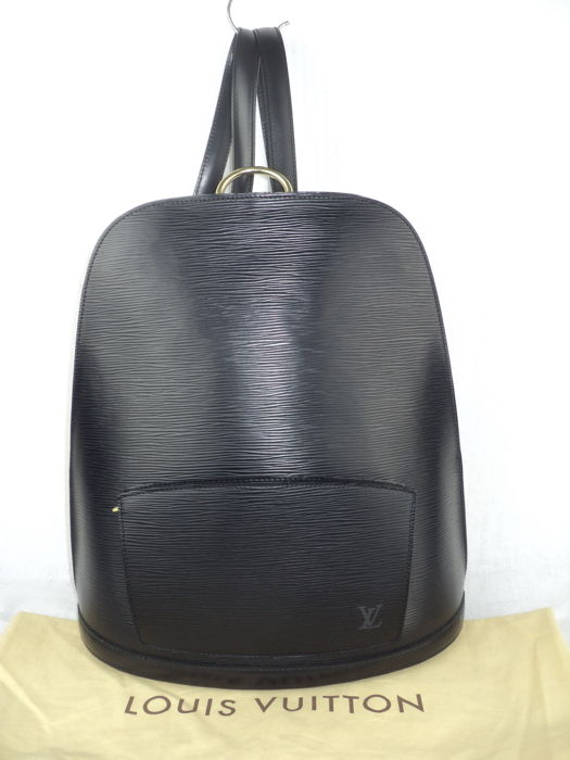 7d464eec02fa Louis Vuitton - Epi Leather Gobelins Backpack - Catawiki