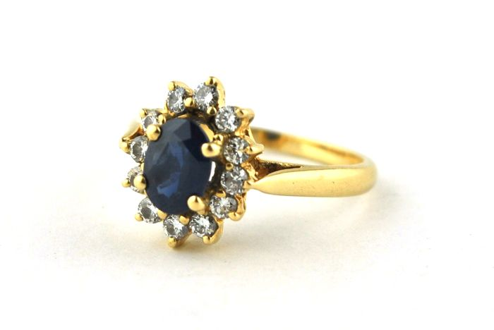 "Superb Oval Sapphire(+/-1.20-1.30CT) & Diamonds (Total +/-0.40ct) set on 18k Yellow Gold ""Lady-Di Ring"" - E.U Size 52 *Re-sizable  **FAST SHIPPING**"