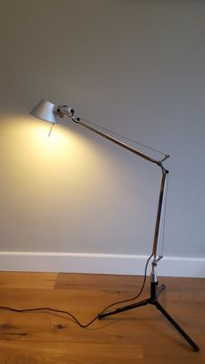 Giancarlo Fassina and Michele de Lucchi for Artemide - Tolomeo desk lamp with fixed desk support (lot 2)