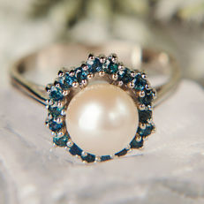 14K Lady's Ring Creme White Pearl 7,9 mm & 0,35 Ct Sapphire RS 55 : US: 7-7,5 : 17,4 mm∅